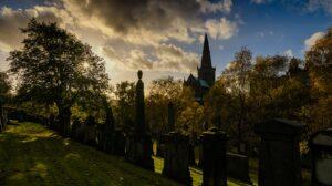Frieden in der Necropole Glasgow